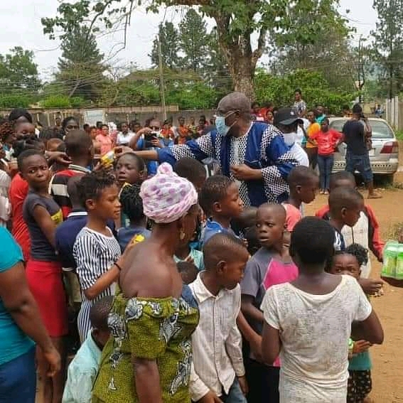 Dr Christopher Fomunyuh Weeps With Anglophone Refugees In Nigeria